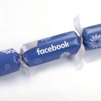 Facebook Blue Christmas Cracker